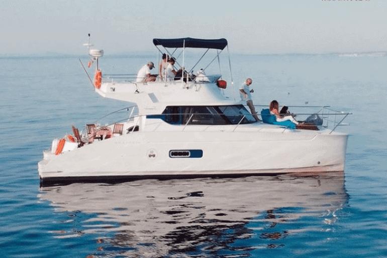 770x513_Catamaran_Boat_Lisbon_2