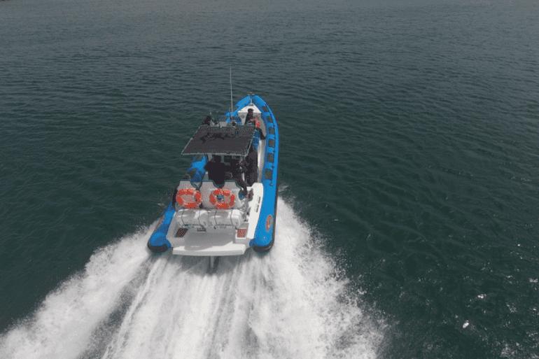 Speed_Boat_Slider_770x513_2